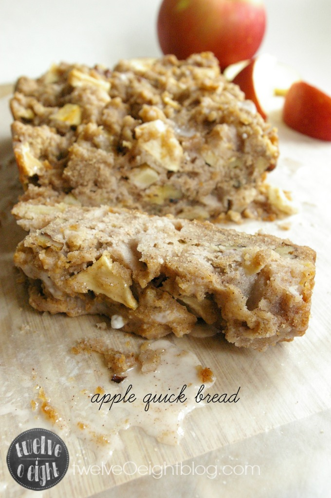 Apple Quick Bread Recipe twelveOeightblog.com #bread #recipe #holiday #baking #Christmas #apple
