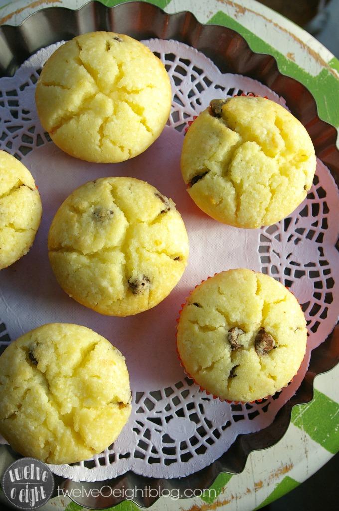 Chocolate Orange Christmas Muffins twelveOeightblog.com #muffin #orange #chocolate #holiday #baking