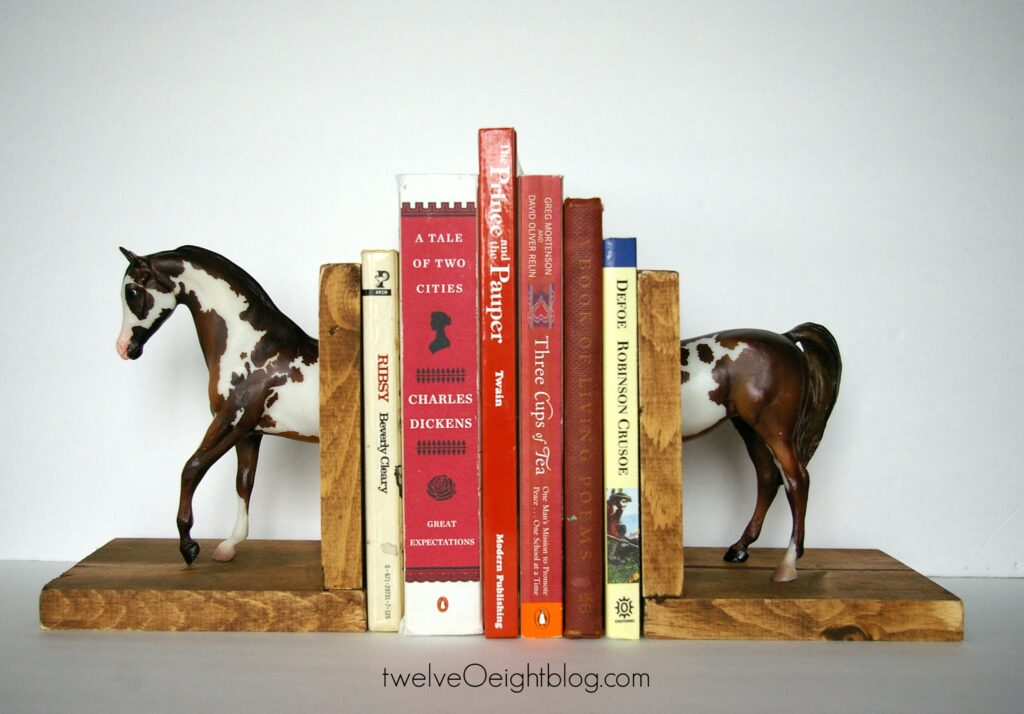 DIY Horse Bookends 3 twelveOeightblog.com