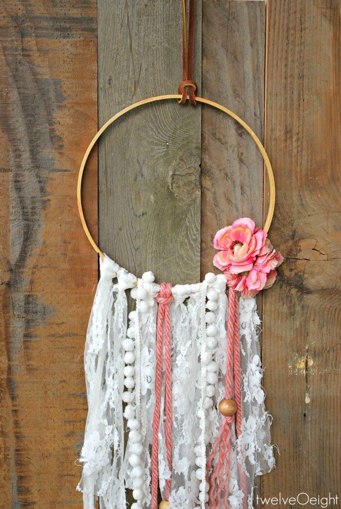 Leather and Lace DIY Boho Dream Catcher #boho #diy #howtomake #dreamcatcher
