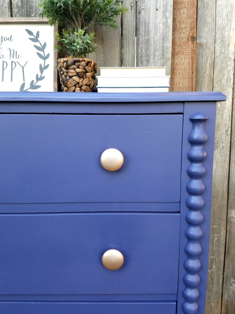 Painted dresser before and after twelveOeight
